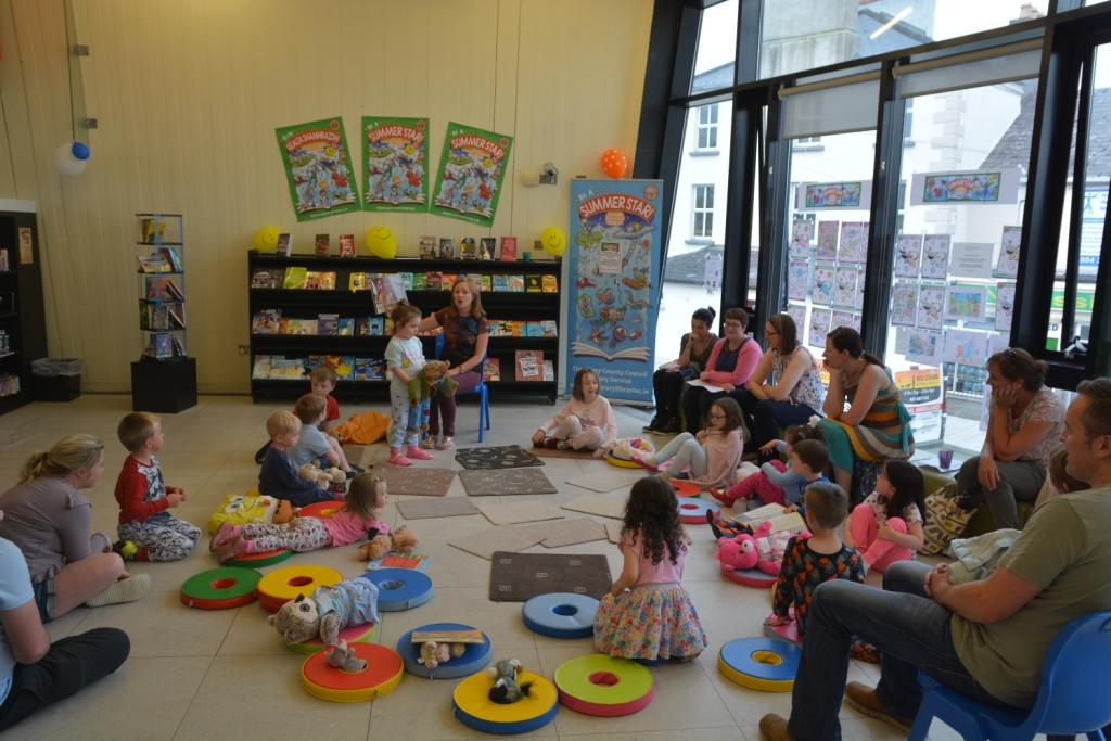 Thurles Library; Teddybear Storytime And Sleepover