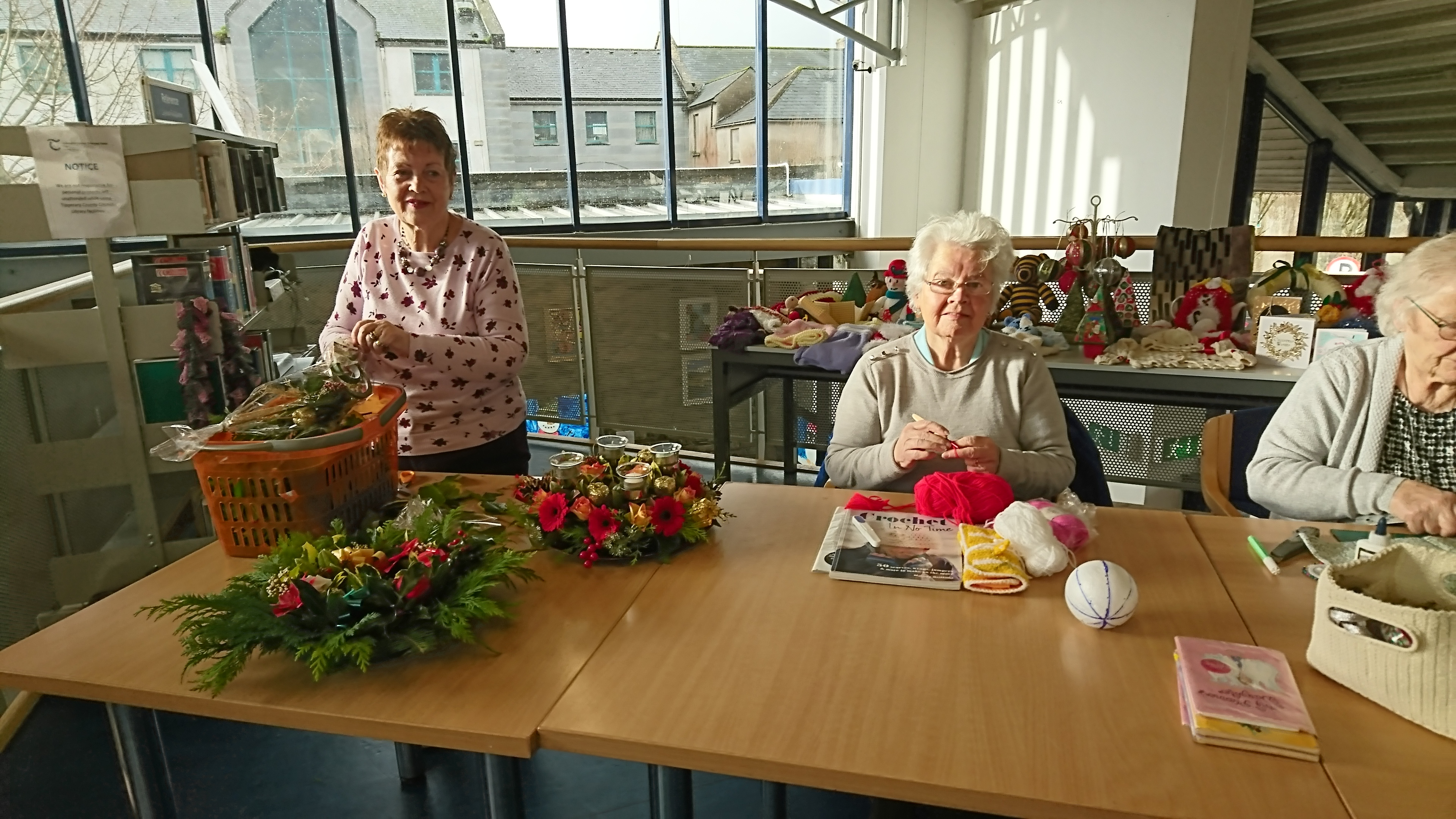 Christmas Craft Demonstrations In Cashel.
