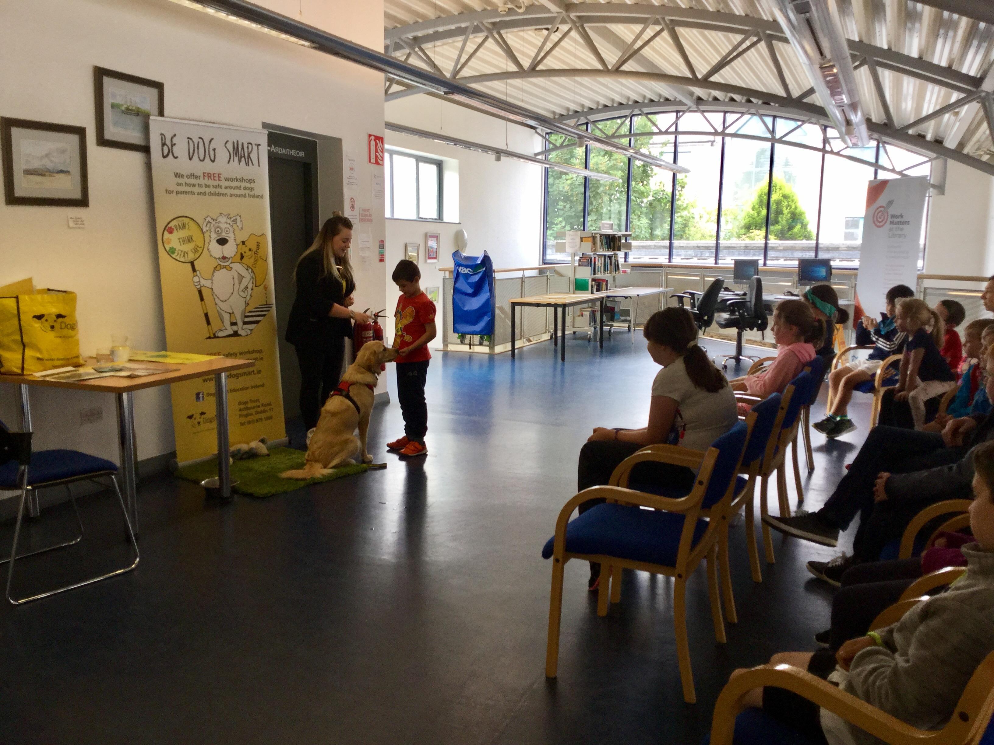 Dogs Trust visit Cashel Library