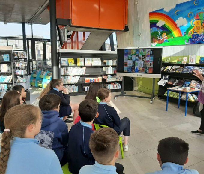 Author Áine Ní Ghlinn Visits Thurles Library