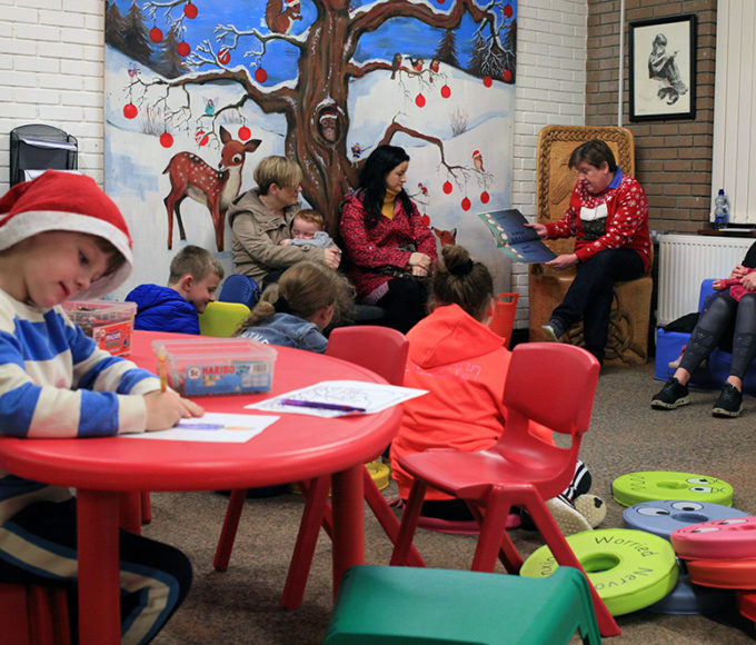 Christmas Crafts And Stories In Roscrea Library