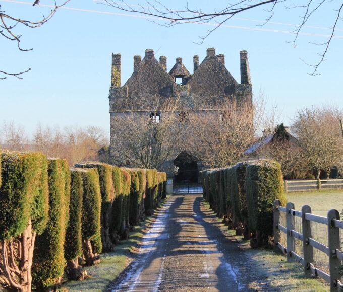 Around Our Town Ep. 19 – Tikincor Castle & Sir Thomas' Bridge